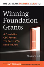 Book cover of Winning Foundation Grants by Martin Teitel